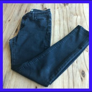 Ann Taylor Loft skinny jeans. Size 30/10